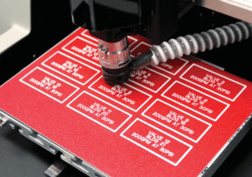 Vision Express S5 Sign and Gift Engraver
